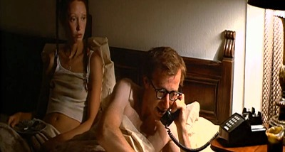 Annie Hall - phone call emergency